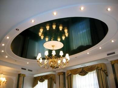 потолок гостиная